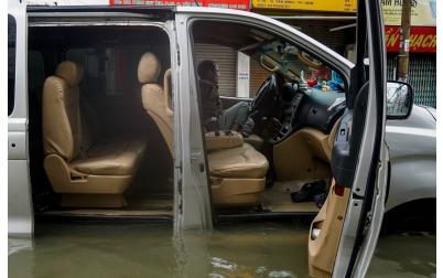 Xử lý nội thất xe sau ngập nước
